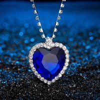 Romântico O Coração do oceano colar Para as mulheres Azul Vermelho de cristal Forma de Coração com Os Amantes Gemstone Pingente colares Titanic Jóias