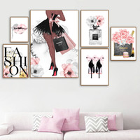 Fashion Poster Women Profumo Trucco Tela Stampa Art Stampa Arte Sexy Labbra dipinti Tacchi alti Poster Picture Pink Flower Wall Pictures Home Decor