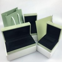 Van gogh's four-leaf clover bracelet necklace boxes van gogh's ring box VCA four-leaf clover high-end jewelry earrings box jewelry box