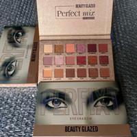Güzellik Sırlı göz farı paletleri Mükemmel mix 18 Renkler göz farı paleti B52 # NUDE göz farı Pırıltılı Mat göz farı Yüksek kaliteli paleti
