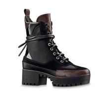 مارتن الأحذية الشتاء كعب الخشنة النساء أحذية الصحراء الأحذية 100٪ الجلود فلامنغوس الحب arrow الأحذية الميدالية الدانتيل يصل عالية الكعب حجم كبير 4-41-42