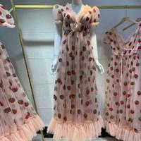 Женщины пришивания Клубничный Макси платье лета вышивки сетки Узелок высокой талией Длинные платья