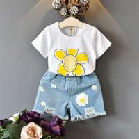 아이 디자이너 옷 여자 여름 옷 짧은 T 셔츠와 데님 반바지 매체와 작은 여자 의상