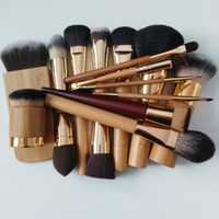 Brand 100% TT cosmetics makeup brushes & tools highlighting ...