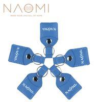 NAOMI 5 SETLERI Gitar Seçtikleri Faux Deri Anahtarlık Gitar Pena Seçtikleri Çantası Tutucu Kılıf Şişe Tipi 3 Ücretsiz Gitar Seçtikleri