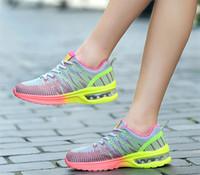 Hot Sale Günstige New großen Damen Turnschuhe 41 Sommer atmungs wilde 42 Meter Leichte Art und Weise beiläufige Schuhe der Frauen Großhandel