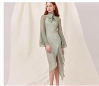 Vestido bağbozumu Retro Stil Dalga noktası Long'un kollu şifon elbise Düzensiz fırfır elbise pruva Yüksek yaka etek