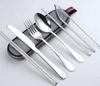 8PCS Portable Ménagère réutilisables Ustensiles de voyage Nettoyage couteau fourchette en acier inoxydable cuillère Baguettes paille Brosse Case Couverts