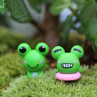Mini grenouille artificielle 2Pcs Décoration Accessoires Fée Jardin Miniatures Bricolage Artisanat Micro Aménagement paysager Décor pour jardin