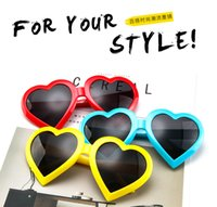 2019 Fashion Peach heart shape special sunglasses candy color sweet sunglasses frame trend style unsex