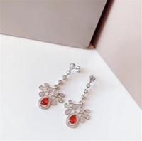 Nieuwe Merk Sieraden Oorbellen Liefde Kristal Butterfly Ruby Drop Kwastje Oorbellen Vrouwen Hoge Kwaliteit Sieraden Dames Party Gift