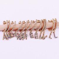 8 пара Золотой Цвет Micro Paved Cz Crystal 26 Буквы Алфавиты Серьги Ювелирные Изделия Очарование Для Девочек / женщин Y19062703
