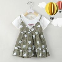 Neonate falsi Vestito a due pezzi 2020 manica corta estate Cotton V Neck Tshirt infantili Cartoon cloud stampati principessa Dresses