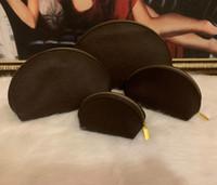 4 adet / takım Kadınlar Kozmetik Çantaları Ünlü Makyaj Çantası Tasarımcı Seyahat Kılıfı Makyaj Çanta Bayanlar Cluc Cüzdanlar Organizador Tuvalet Çantası