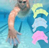 جديد أصابع وتراء سباحة الزعانف قفازات سيليكون الأيدي زعانف النخيل اكسسوارات السباحة معدات قفاز شحن مجاني