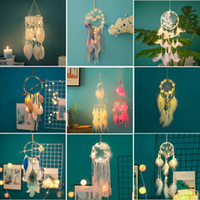 LED à la main Dream Light Catcher plumes voiture Accueil Tenture Décoration Ornement Cadeau Dreamcatcher dentelle CARILLONS 20 Styles