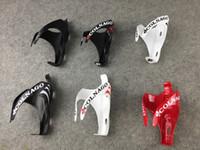 Colnago C60 Konzept Rennrad Schwarze und rote Vollkohlefaser-Wasser-Flaschenkäfige / Kohlefaser-Fahrrad-Flaschenkäfig / Halter