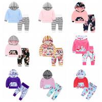 Diseñador de ropa niños niñas floral Flores sistemas de la ropa Niños Camo con capucha a rayas juegos de pantalones de manga larga INS Carta bragas de la capa Trajes B6776