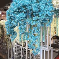 2020 Diy della seta artificiale di Cherry Blossoms ramo di fiori di seta Wisteria Vines per la casa decorazione della festa nuziale bouquet di fiori 5pcs