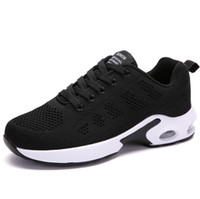 2020 High Quality Antiskid Chaussures Fashion Designer Shoes Trainers White Black Dress De Luxe Sneakers Men Women running Shoes