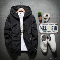 Primavera nuevos hombres de la cremallera de la chaqueta masculina Winderbreaker cadera capa ocasional de los hombres de Hip Slim Fit Negro