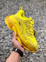 Triple S Sneakers 2019 Paris Fashion 17FW Triple-S Sneaker Beige Bianco Nero Rosa Triple S Casual Shoes papà per le donne uomini del progettista Sh