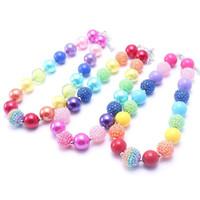 Regalo de la joyería del bebé muchacho Chunky niños pequeños manera del collar de la gota de Bubblegum niñas collar fornido de moda color del arco iris para los niños
