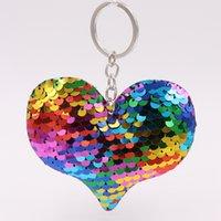 mignon Keychain de coeur mignon Keychain Glitter Pompon Paillettes cadeaux Porte-clés pour Charms femmes Sac voiture Accessoires Porte-clés