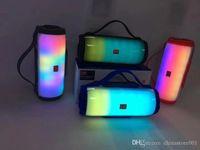 E17 Bluetooth Speaker LED Light TF USB Rádio FM Cell Phone Subwoofer ao ar livre portátil Pill sem fio XL Partido Speaker Boa Grande Som