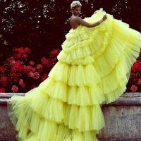 Erstaunliche geschichtete Tüll Abend Ballkleid Hellgelb Tiered Chic Abendkleid Lange Abschlussballkleider Custom Made