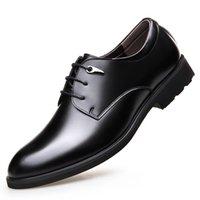 Classici Moda per il tempo libero scarpe da sposa uomini Lace-Up della punta aguzza Formal Dress Shoes Primavera autunnali Casual Oxfords Solid