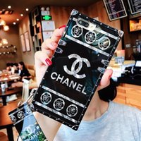 Wholesale Luxury phone case para iphone x xs xr xs max 6 6 s 7 8 além de telefone designer case com o chaveiro