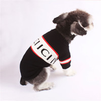 Puppy Big Letter Sweater Winter warme Hundemantel Katzen-Mode-Rot-Streifen Pullover Small Dog Soft Velvet Bekleidung