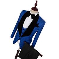 새로운 스타일 클래식 로얄 블루 신랑 턱시도 목도리 옷깃 신랑 턱시도 남자 정장 웨딩 최고의 남자 재킷 (자켓 + 바지 + 타이 + 조끼)