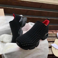 2019 Moda Kırmızı Alt Erkekler Kadınlar Casual Dikenler Perçinler Rhinestone Ayakkabı Elbise Parti Yürüyüş Ayakkabı Sneakers Chaussures De Sport