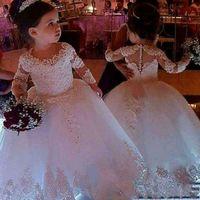 2020 Vintage Flower Girls Dresses Avorio Baby Baby Bambino Bambino Battesimo Vestiti con maniche lunghe Tutu Abiti da ballo Tutu Abito da compleanno
