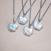 Natürliche Frischwasser unregelmäßige Perlenhalsketten-Anhänger Echt Schmetterlings-barocke Perlen Necklack Schmuck für Frauen 24pcs / lot