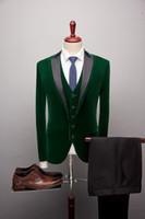 Neue Ankunfts-Grün-Hochzeit Anzug für Männer Bräutigam Smoking Spitze Revers One Button Drei Stücke Slim Fit Bridesgroom Groomsmen Anzug Bester Mann