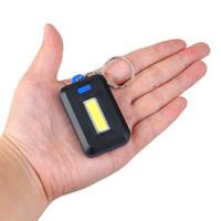 مصغرة COB LED سلسلة المفاتيح مصباح يدوي 3 طرق سلاسل مفاتيح كيرينغ المحمولة ضوء فلاش مصباح الشعلة الجيب في حالات الطوارئ الخفيفة استخدام 3 * AAA