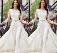 Manga larga Mansuits blancos Vestidos de novia Cordón satinado con grandes Keads Crystals Plus Tamaño Tamaño Batas Pantalones Vestido 2020 GH1999