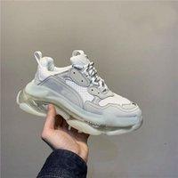 Marca Designers de cristal inferior calçados casuais Triple S Designer Baixa Old Dad Sneaker Combinação Soles Botas Homens Womens Shoes Sapatilhas t16