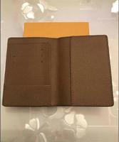 Designer de luxo da marca mulheres carteiras de couro capa de passaporte marca titular do cartão de crédito homens carteira de passaporte de negócios carteira 8573