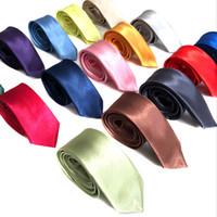 الشحن مجانا للطلاب 35 الألوان الكلاسيكية رجل نحيل 5CM الصلبة حفل اللون عادي الحرير التعادل ربطة العنق الرقبة العلاقات قميص الاكسسوارات برقبة