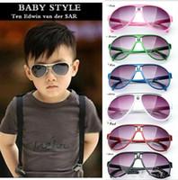 Hot 2017 bambini degli occhiali da sole delle ragazze dei neonati di moda del progettista di marca degli occhiali da sole dei bambini di vetro di Sun Beach Toys UV400 occhiali da sole Occhiali da sole D009