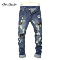 2018. ChoynSunday новый мужчина джинсы брюки колени отверстия Патчи письмо печати джинсы мужские высокого качества хип-хоп классической моды Plus Y