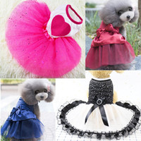 نمط جديد وصول كلب الحب القلب الترتر الشاش توتو اللباس تنورة جرو القط روز الأحمر الملابس غزل الأميرة تنورة الملابس