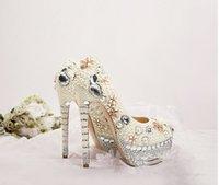 Scarpe da cerimonia nuziale formali lussuose con plateau e tacco alto impermeabili di lusso Scarpe da damigella d'onore con strass di cristallo Primavera