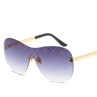 9c2eb69c622 2019 Moda Sin Montura Gafas de Sol Hombres Mujeres Gafas de Marca de Lujo  Clásico Oval