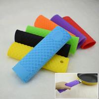 Hot silicone supporto della maniglia della cucina Accessori antisdrucciolevoli presina Protezione termoresistente Grip Skillet copertura del manicotto Pan Holder LXL291-A