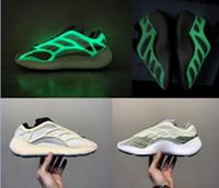 2020 그냥 릴리스 카니 예 웨스트 (Kanye West) 700 V3 Azael 실행 신발 Wens 여자 운동화 디자이너 신발 흰색 어둠에서 빛